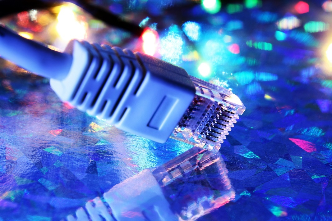 network-cable_z1WvAUP_graphicstock-25pct.jpg